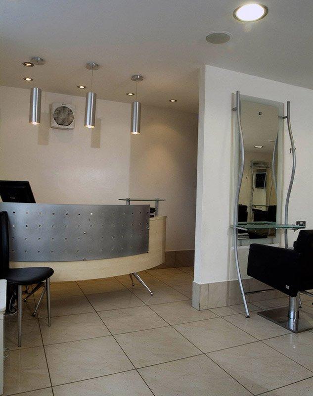 Gilesgate salon reception desk